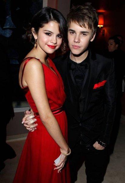 Selena Gomez And Justin Bieber. selena gomez and justin bieber