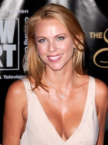 lara logan assault cell phone video. lara logan assault pics.